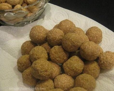 Til pinni / Sesame balls