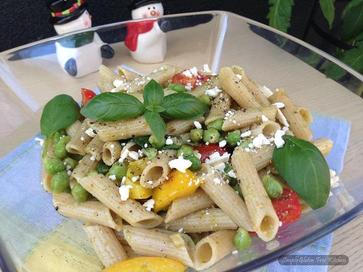 pesto pasta with fresh garbanzo beans